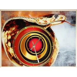 """Часы """"Год змеи"""""""